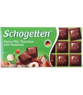 Шоколад Schogetten 100 г, молочный шоколад с лесными орехами