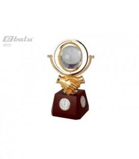 Глобус настольный d 10см, высота 15*15*37см, на деревянной подставке